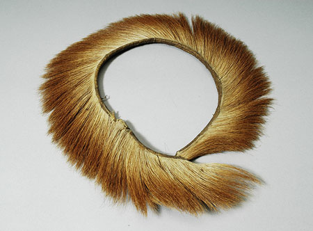 Nuer cattle collar