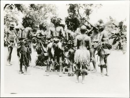 Zande binza (witchdoctor) initiation