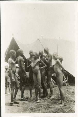 Nuer Girls Outside Evans Pritchard S Tent 1998 346 158 2