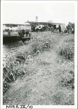 River steamer in Nuerland